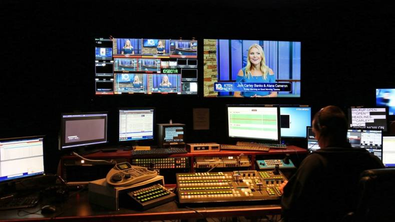 The BroadcastPix BPfusion software automatically updates graphics using data from RSS feeds.