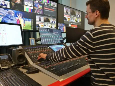 At L'Equipe, the control rooms, commentary booths, intercom system and Calrec consoles are all connected via a Dante network.