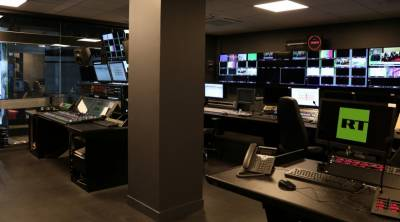 Custom Consoles desks and 5 meter wide Media Wall in MCR A at the new RT studios in Paris.