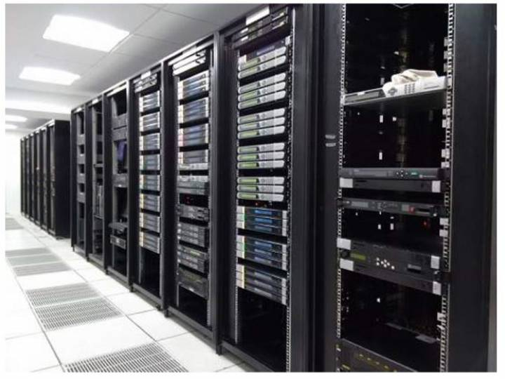 The Data-Center within the EMMC facilities includes empty racks, providing expansion space to accommodate Phase II.
