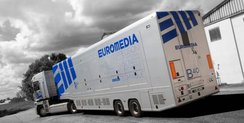 Euromedia's OB 40 truck provided Canal+ with graphics for the private feed of the Sunday night prime time main soccer match in UHD.