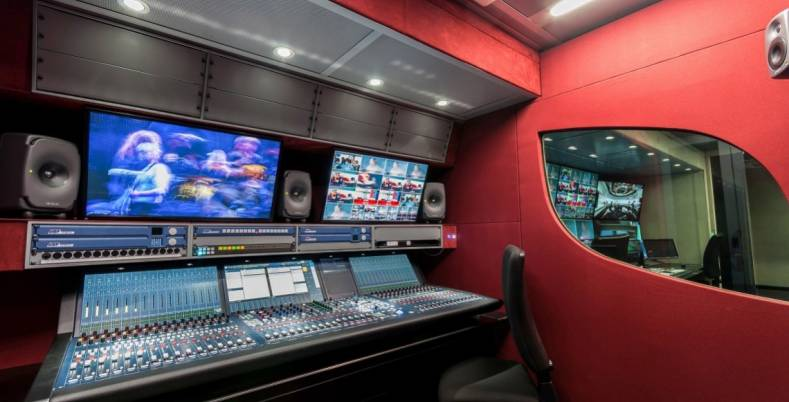Italian system integrator, ARET, installed Genelec's new 8331 point-source monitors in an OB van.