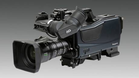 The SHK-810 employs a 33 million pixel Super 35mm CMOS sensor with PL lens mount, achieving a limiting horizontal resolution of 4000 TV line