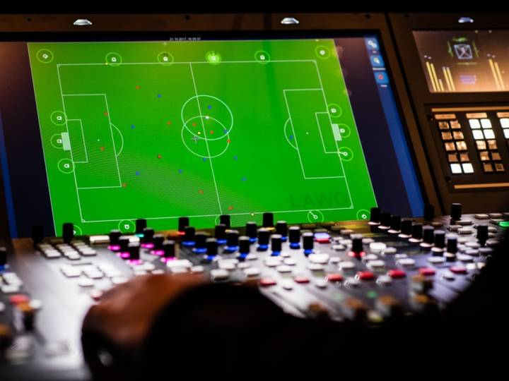 Automated closeball-mixing creates an entirely new and realistic audio experience for the viewer.