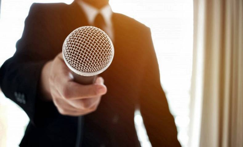 Personal Microphones For Reporters - The Broadcast Bridge ...
