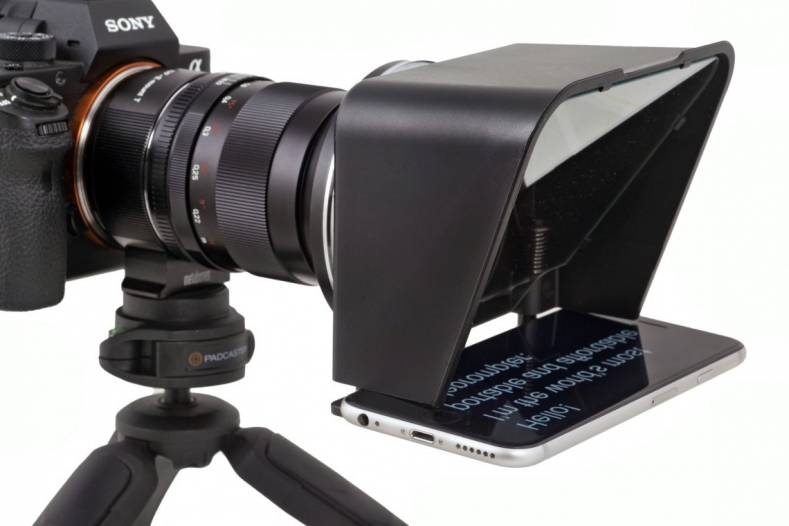 Padcaster's Parrot Turns any Mobile Phone into a