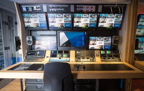 The camera control desk includes three integrated Leader LV5490 4K test instruments.