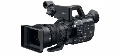 New cameras like this Sony FS5 provide a wide variety of exposure and image adjustments. The shooter just needs to know what they do.