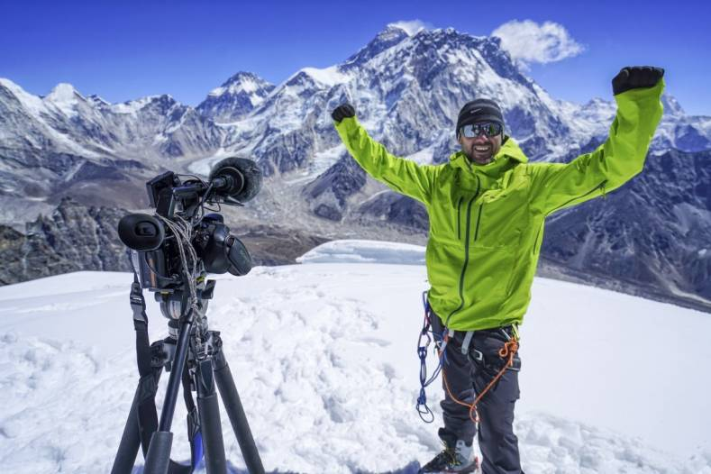 Tim Hawkins scales new heights with Sony F5.