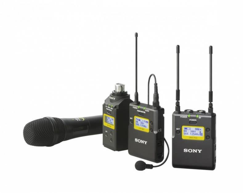 The FCC currently allows the use of wireless microphones on both a licensed and unlicensed basis, depending on the spectrum band.