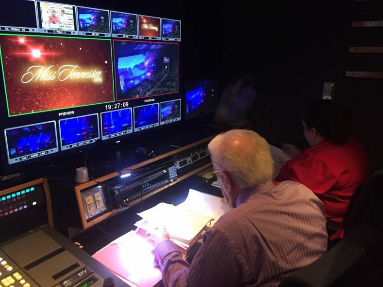 Inside TNDV's 40-foot Elevation HD Truck, complete with Ross Xpression graphics and Hitachi Z-HD5000 cameras.