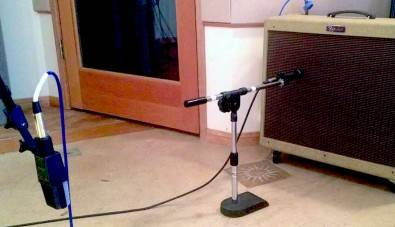 Room mic in a home studio.