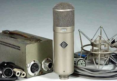 The classic Neumann U47 microphone.