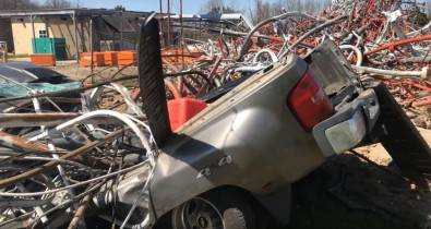 Everything in the path of falling steel was crushed. Picture courtesy KYTV.
