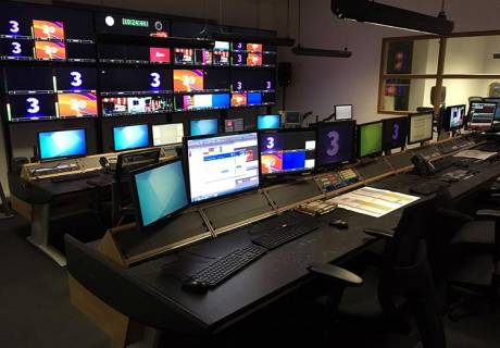 Two new Custom Consoles Module-R desks installed in TV3