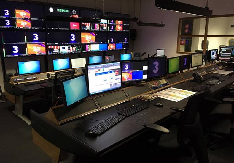Two new Custom Consoles Module-R desks installed in TV3's production control gallery.