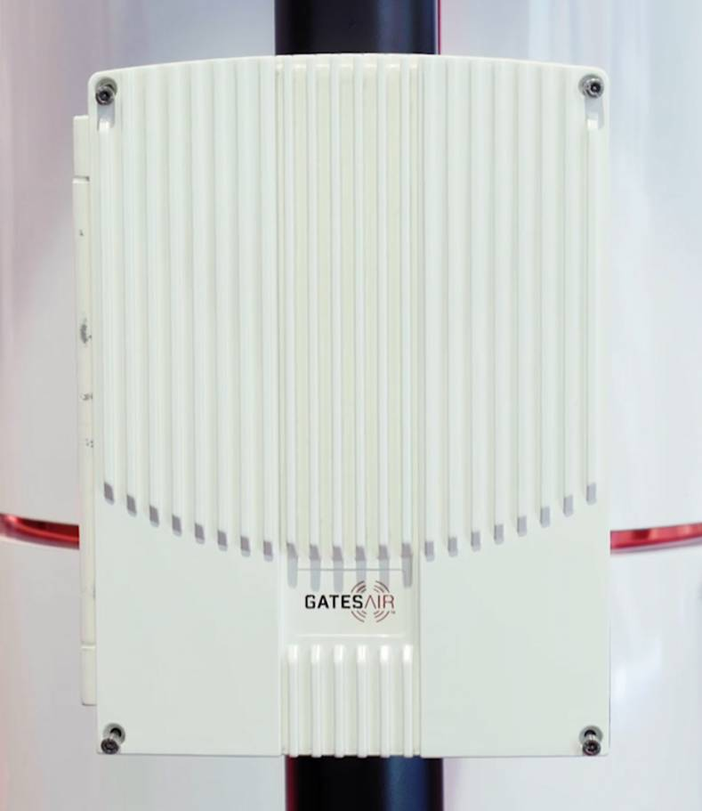 A new pole-mounted DTV solution has no moving parts, air filters or fans. The tower becomes the heat sink.