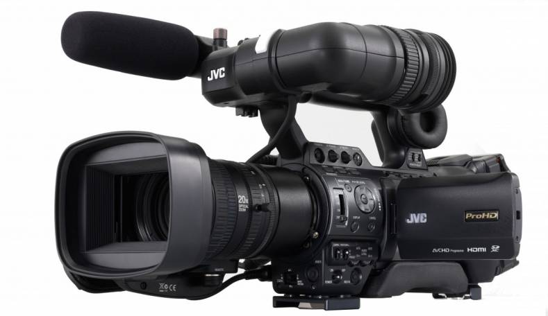 JVC GYHM 850 camcorder provides ample adjustments to create custom