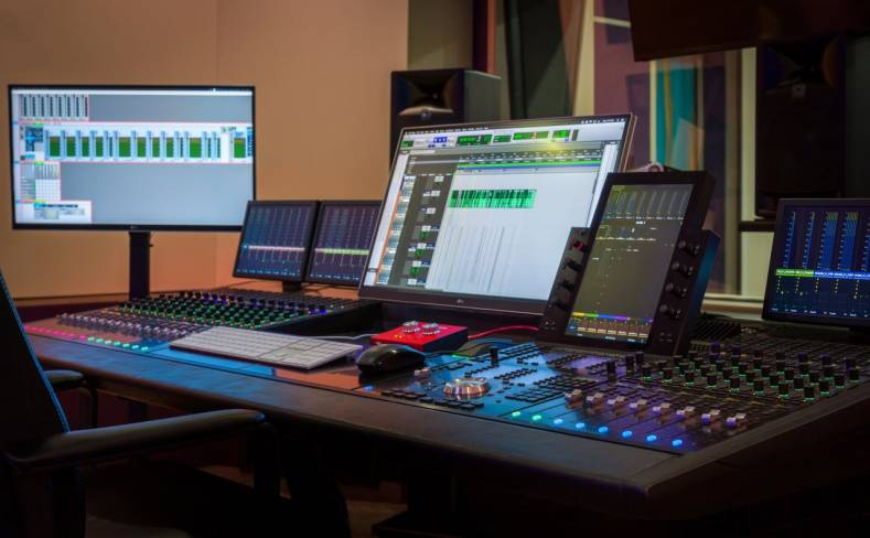 Voxx has three audio recording facilities and uses Avid Pro Tools running on Apple workstations.