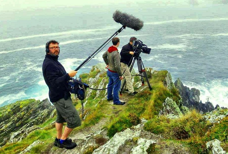 Stephen McLoughlin, freelance location sound recordist based in Ireland.