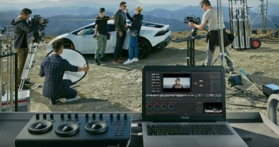 The new DaVinci Micro Panel is designed to sit side-by-side with an editing keyboard even on location.