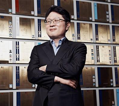 Dr. Skott Ahn, LG's president and CTO.
