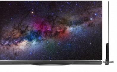 """Picture on right isn't a whip antenna. It's the side view of the new LG OLED65E6P, 65"""" OLED display on the left, introduced at CES and used to display Channel 18 broadcasts."""