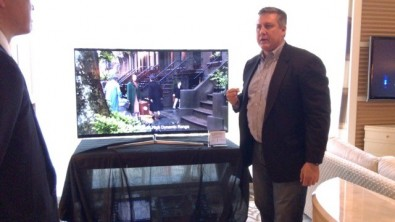 Using a Samsung display, Kevin Gage demonstrates ATSC 3.0 content containing High Dynamic Range.