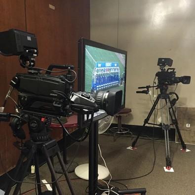 Hitachi SK-HD1000 cameras i the studio at the Aqueduct track