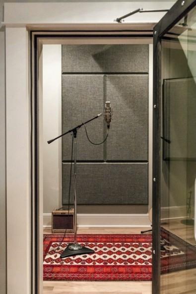 LBT Voice Booth
