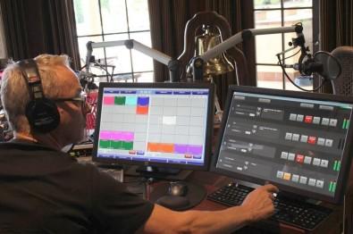 AVT MAGIC TH6 call management system in US DJ Mark Thompson's home studio