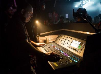 Mark Portlock mixing Timeflies.