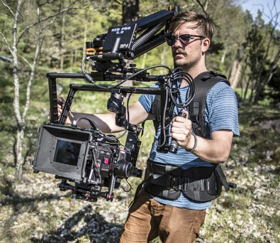 The Kinehawk Sweden Nostromo is a versatile mounting system that provides smooth support for any variety of motion shots.