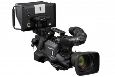 The AK-UC4000 can be used handheld or built up as a full 4K UHD studio camera.