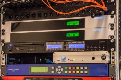 The Q42 media center has one D*AP4 LM processor configured for two stereo signals.