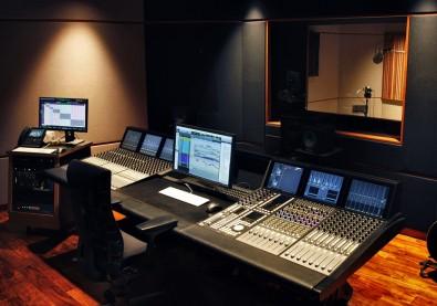 Studio 5.