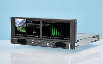 New extended display options allow users to drive a second screen from a single Tektronix PRISM.