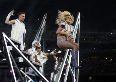 Gaga's end-of-show jump from the stage.
