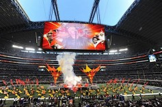 With the new displays, fans at the AT&T stadium will see enhanced images just like home TV watchers are accustomed to.