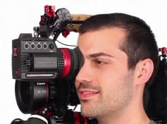 Figure 2: Zacuto Gratical EVF on Zacuto rig