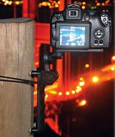 HandlePod's Camera Handle/Tabletop Quadpod