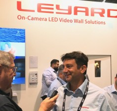 Jay talks with Leyard's product director EMEA, Thomas Guillot.