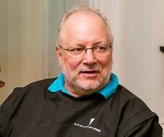 Michael Pettersen, Shure executive