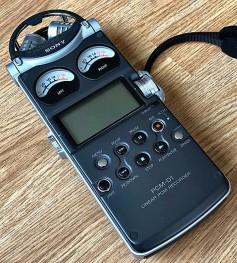 Sony PCM-D1 designed by Oka.