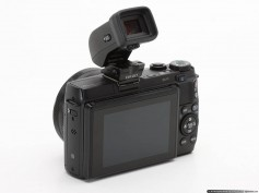 Figure 18: Canon EVF-DC1 viewfinder mounted on a Canon DSLR.